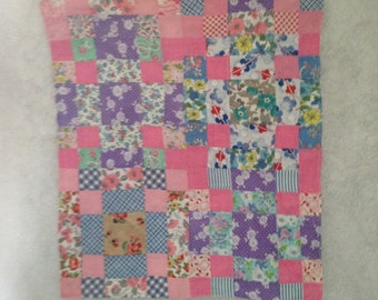 Feed Sack Material Baby Doll Quilt Machine Stitched Block Pattern Lined Quilt