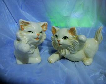 2 WHITE KITTEN FIGURINES Cats