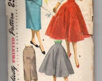 1281 Simplicity Sewing Pattern Suspenders Flared & Slim Skirt 27W Vintage 1950s