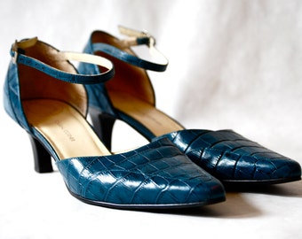 Teal Casual Corner Pumps - Size 6.5 - Made in Brazil