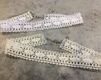 Crochet lace choker necklace
