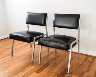 mid century chairs, office chairs, lounge chairs, pair of mid century industrial black Steelcase lounge desk chairs, vintage, set of 2
