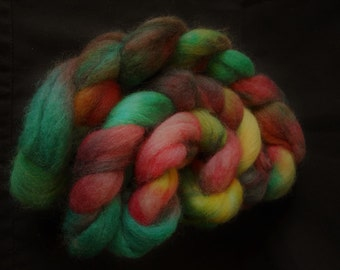Hand Dyed Roving. Pure Kent Romney 115g