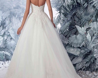 Bridal Lace Wedding Dress - Pallavi Open Back Wedding Dress  - Long Tulle Wedding Dress - Elegant Wedding Dress - Unique Wedding Dress
