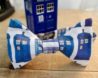 TARDIS Doctor Who Bow Tie