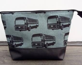Retro Buses Man's large Wash Bag
