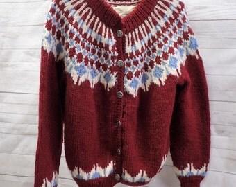 Womens Vintage Pullover Knit Sweater - handknit by Tricote A La Main Par Fron Enterprises Ltd - 100% Virgin Wool - Nordic maade in Canada