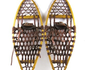 Vintage 1980s Iverson Wood Frame Snowshoes with Bindings Neoprene Laces 12X35