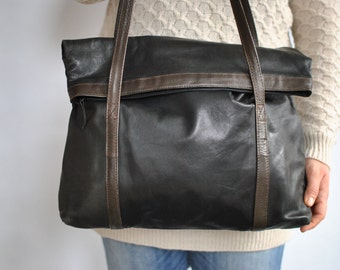 Vintage FUNBAG LEATHER TOTE bag , women's shoulder bag ....(476)