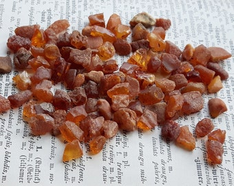 100 x  Natural small Baltic Amber beads, genuine raw amber beads 18.6g/0.66oz
