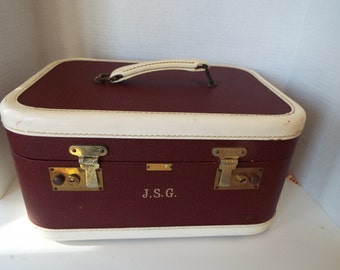 1940s luggage train case tweed burgundy by Warren of Worcester Massachusettes suitcase cosmetic case carrying case