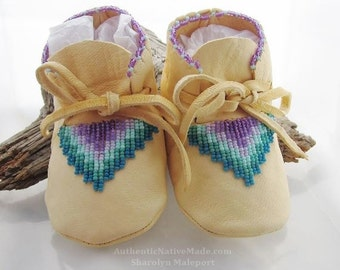 Baby Shower Gift, Purple Baby Shoes, Native American Made, Girls Lavender Shoes, Soft Soled Shoes, Baby Booties, New Baby Gift, Infant Shoes