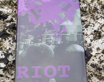 Riot, don't diet - Kühlschrank Magnet