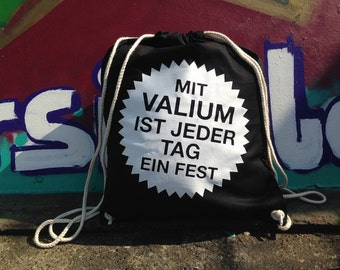 Valium - gym bags black white