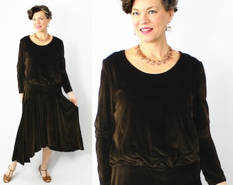 20s Dress / 1920s Dress / Flapper Dress / Velvet Dress / Antique Dress / Great Gatsby / Brown Velvet / Asymmetric / Long Sleeve / Bust 36""