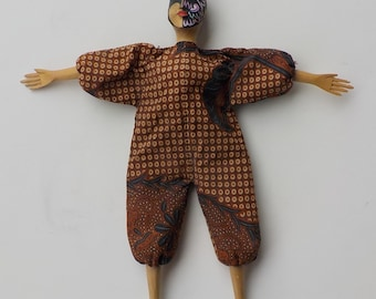 Indonesian Doll - Carved Wood & Cloth - Handpainted - Vintage