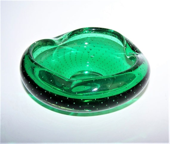 Emerald Bullicante Art Glass Ashtray Hand Made In The 1950s