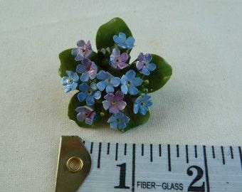 Vintage china flower brooch.  'Bridgewool Cara-china. Handmade in England.'  1950s porcelain brooch.