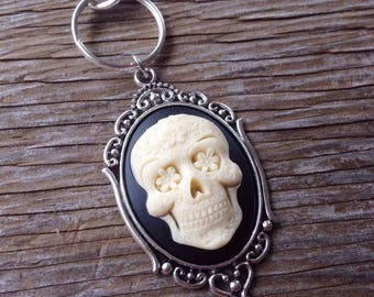 Skull Cameo Keychain, Sugar Skull, Gothic, Goth, Day of the Dead, Gift, Pinup, Rockabilly, Purse Charm, Skeleton