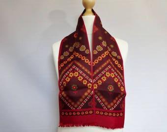 """Pretty Vintage Red Floral Mod scarf 14cm x 109cm 5.5"""" x 42.9"""""""