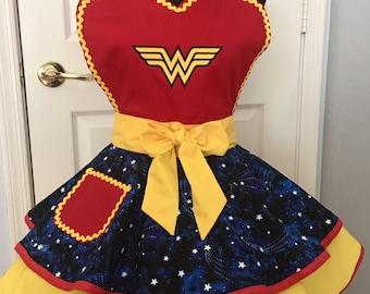 Wonder Women Apron, Present Apron, Retro Apron, Circle Apron
