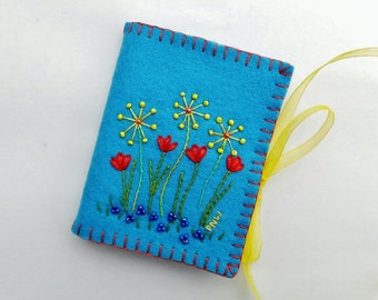 Blue Wool Felt Needle Book, Floral Wool Felt Needle Case,  Cross Stitch Needle Holder, Embroidered Needle Case, Sewing Needle Book