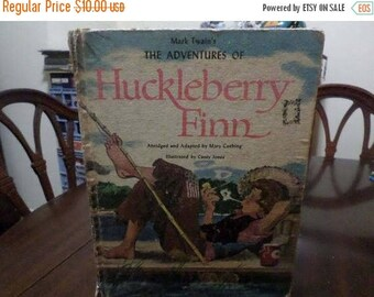 Save 25% Now Vintage 1971 Children's Hardcover Book The Adventures of Huckleberry Finn Mark Twain Illustrated L59