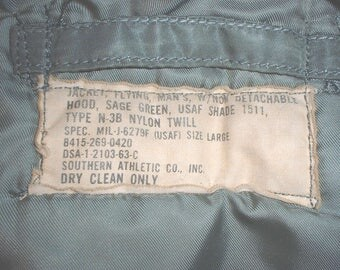 USAF US Air Force extreme cold weather parka N-3B, Southern Atlantic 1963, wolf fur ruff, holes & damage