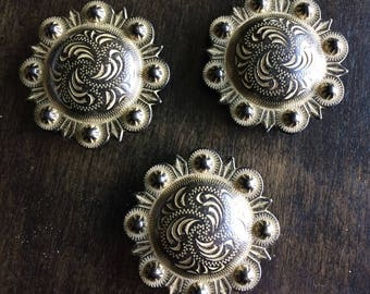"""1 1/2""""  Antique Old Gold Screwback Berry Concho"""