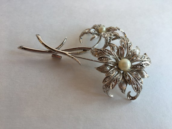 Silver Double Flower Filigree Brooch  with Pearls and Rhinestones Bridal