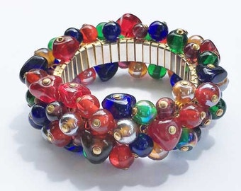 Attractive, Multi Colored Beaded 'Cha Cha' Bracelet