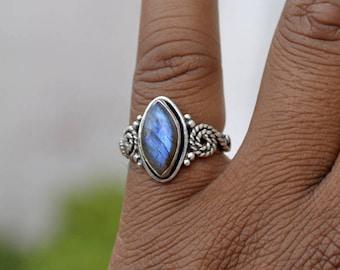 Labradorite Gemstone Ring, Marquise Cab Labradorite Ring, 925 Sterling Silver Ring, Labradorite Ring, Birthstone Ring, Bezel Set Gift Ring