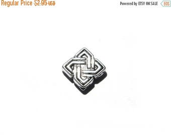 HALF PRICE 10 Silver Square Celtic Knotwork Beads