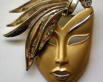 Fabulous Marti Gras Mask Pin - 5079