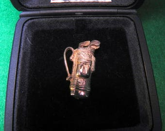 sterling silver golf bag brooch from the Malcolm Gray collection