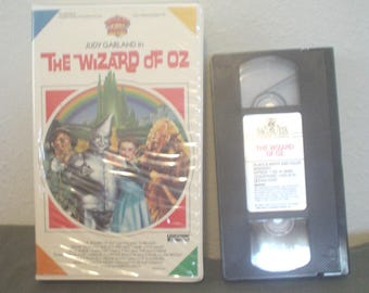 VTG Viddy-Oh! For Kids The Wizard of Oz Judy Garland Toto Frank Morgan Ray Bolger Bert Lahr Jack Haley The Munchkins Color Black and White