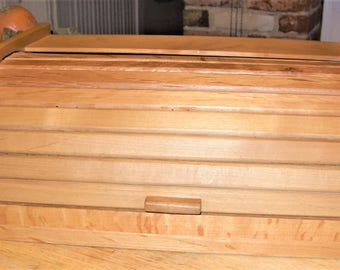 Wood Bread Box, Vintage Roll Top Wood Box, Roll Top Bread Box, Wood Décor for Kitchen