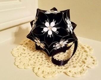 Elegant Origami Kusudama Flower Ball