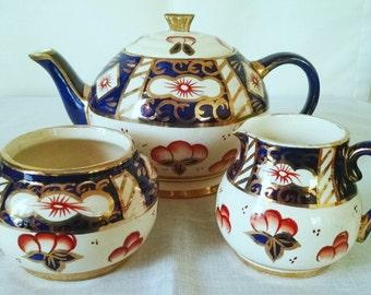 Vintage Sadler Teapot Set