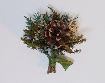 Winter Wedding Boutonniere, Christmas Wedding Flowers, Lapel Pin, Prom Boutonniere, Pine Cone with Baby's Breath and Evergreens