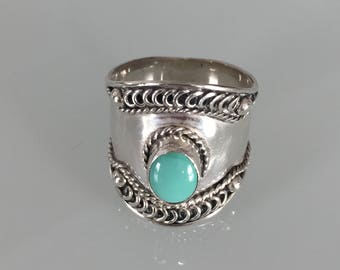 Sterling silver .925 turquoise ring, ring size 7 3/4's, sterling and turquoise ring, silver ring with oval turquoise stone, turquoise ring,