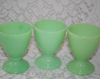 McKee Jadite Waldorf Egg Cups/Footed Dessert Cups, Skokie Green, 1930's