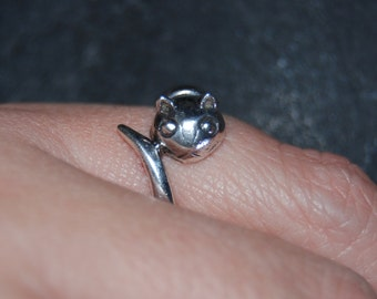 Vintage Sterling Silver Kitty  Cat Climbing Wrap Around Tail Ring 925 #BKC-KWR82