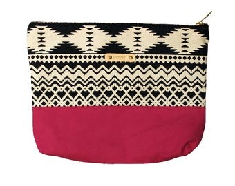 Large pouch Fuchsia graphic