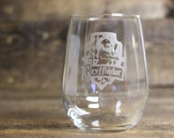 Harry Potter wine glass - Griffindor wine glass - all houses available - Harry Potter stemmed wine glass - Harry Potter stemless wine glass
