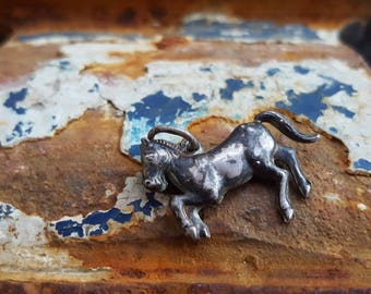 vintage silver Horse charm - for bracelet or as pendant - Dutch Silver - 835 proof - great detailing and patina !