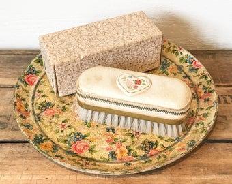 Vintage 1960s Clothes Brush Manicure Set - Valet Brush - Vintage Manicure - Vintage Travel Set