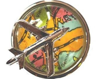 Globe Trotter kitsch vintage 1970s aeroplane brooch