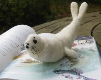Sculpture - Seal - Baby Seal - Selkie - Fairy Tale - Sea - Jouku