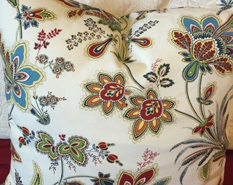 DECORATIVE PILLOW-Floral pattern on a cream background with zipper enclosure